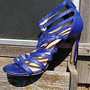 Vince Camuto Heels Size 10M